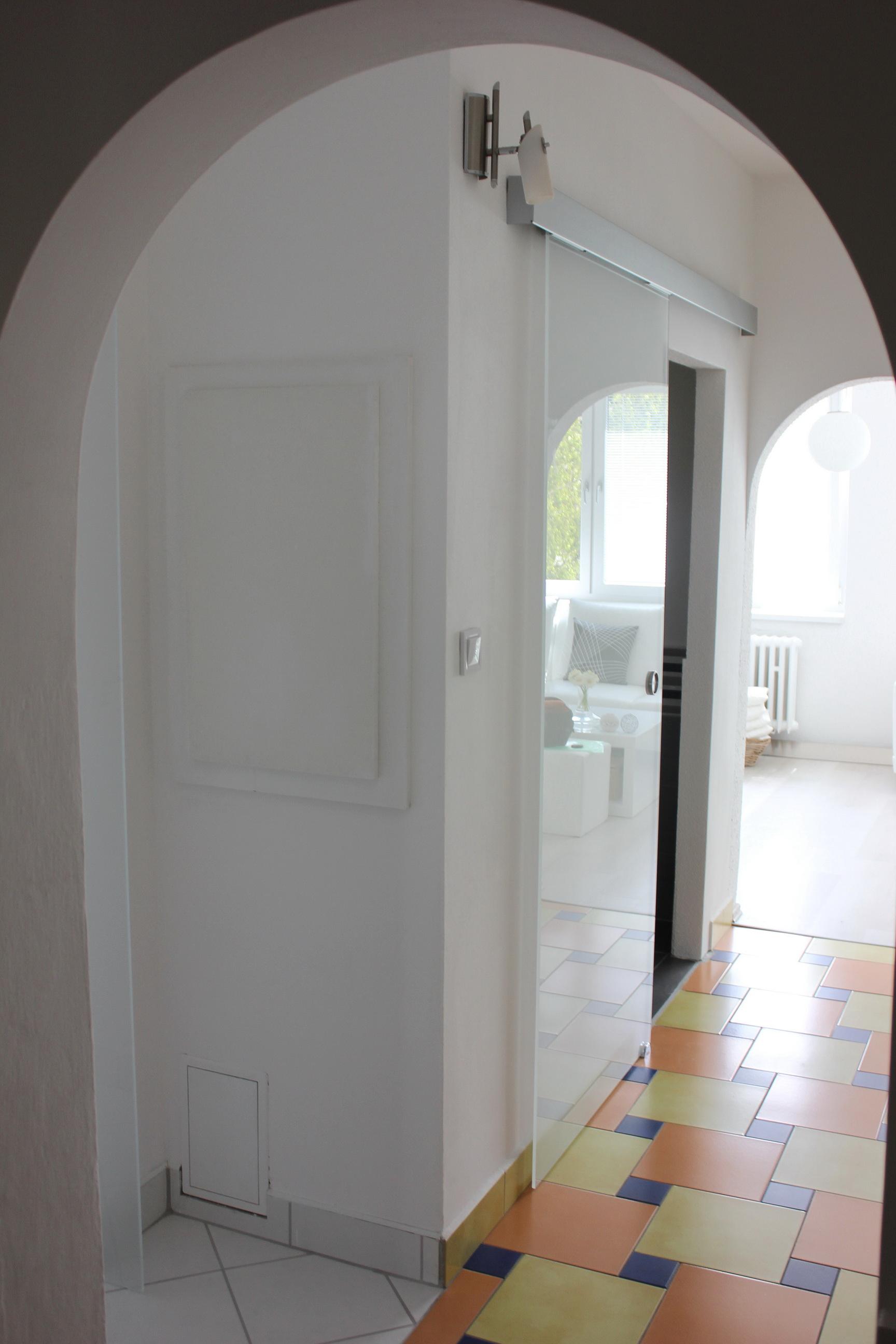 sklenené dvere posuvné pieskované 4
