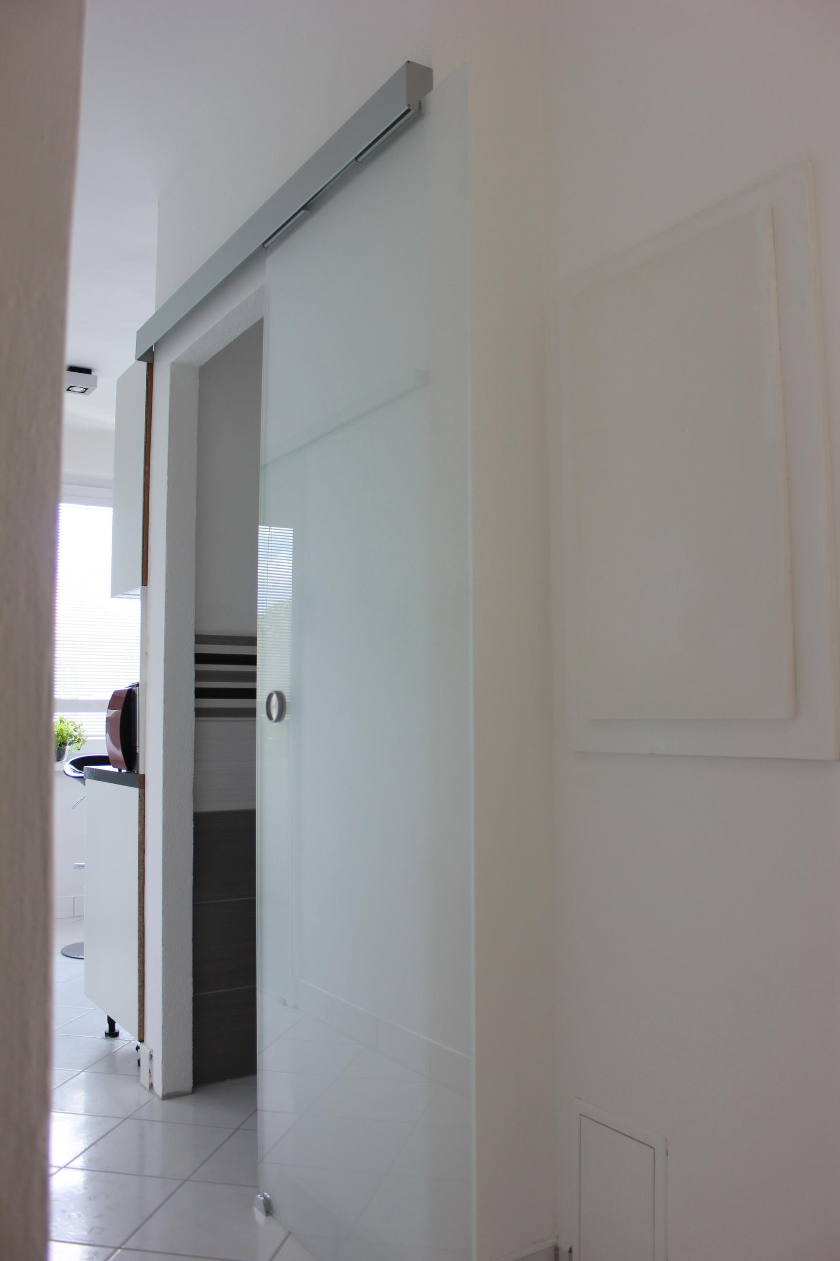 sklenené dvere posuvné pieskované 3
